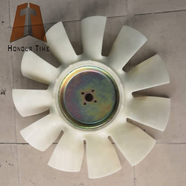 DH220-5 DB58 Fan blade 1.jpg